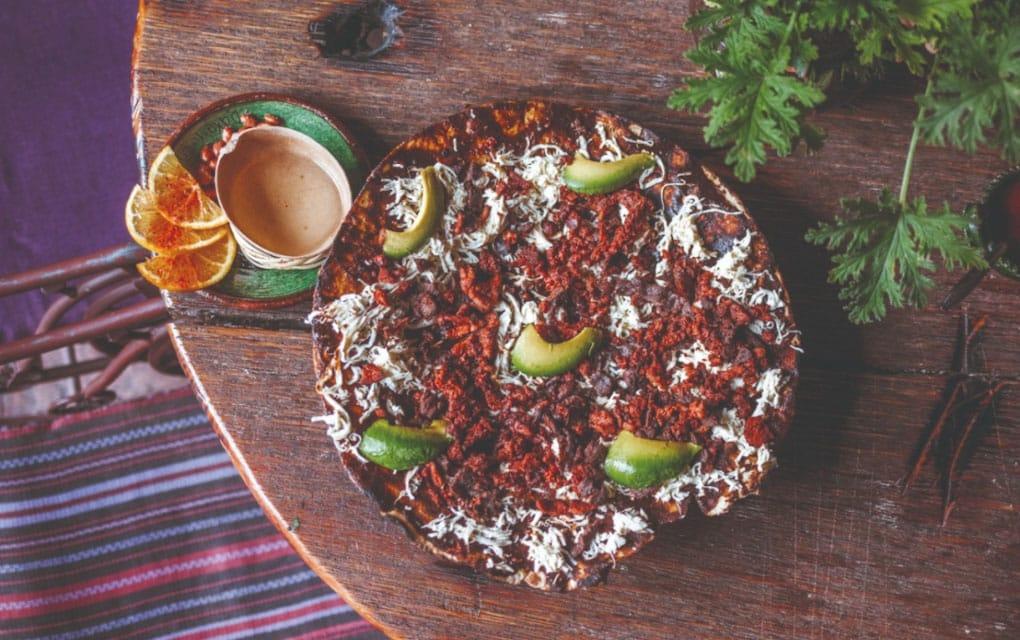Estos son los mejores lugares para comer tlayudas en Querétaro