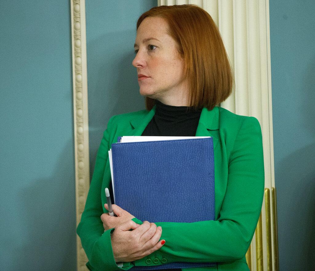 Jen Psaki, portavoz del Departamento de Estado, participa el viernes 27 de febrero de 2015 en una reunión, en Washington. Psaki será secretaria de prensa del presidente electo Joe Biden. (AP)