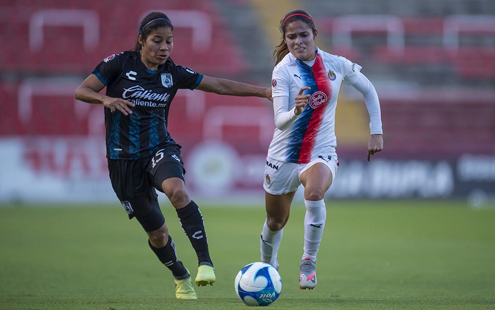 Gallos femenil rescata el empate ante Chivas /Foto: Mexsport